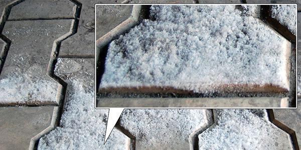 Солевые отложения на плитке